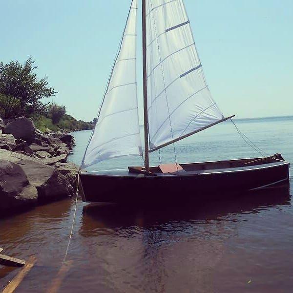 Яхта Парусная Лодка Швертбот Ворьен Черноморск - изображение 1