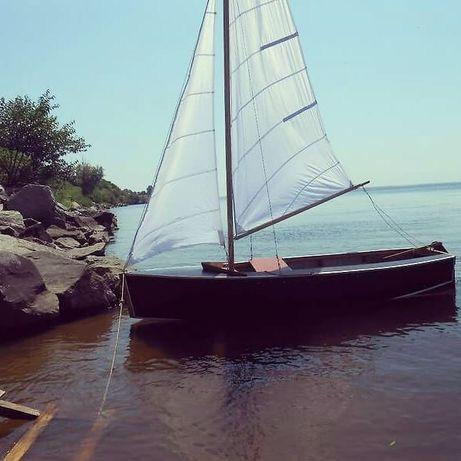Яхта Парусная Лодка Швертбот Ворьен