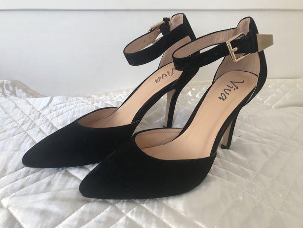 Buty szpilki czarne 37