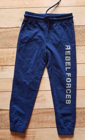 spodnie dresowe 122cm nowe ovs star wars