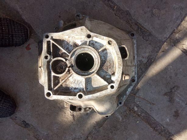 Колокол, картер зчеплення ВАЗ 2101, двері ВАЗ, фільтр М 2140