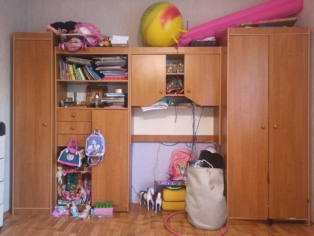 Шкаф, стенка в детскую