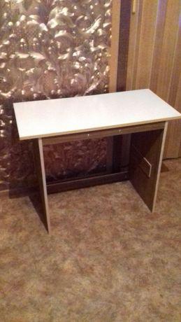 Продам стол универсальный