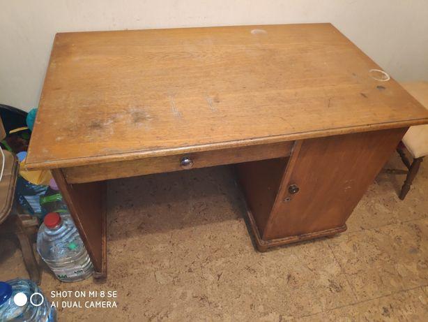 Продам письменный дубовый стол