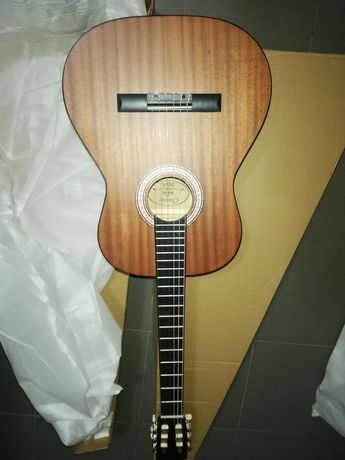 Guitarra clássica madeira mogno maciça