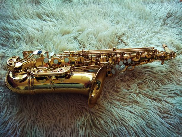 Saksofon altowy Antigua PRO AS 4240 LQ Pro Bell świetny stan