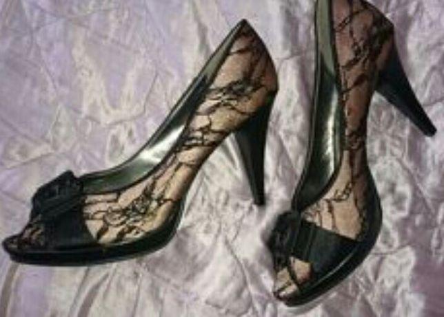 Туфлі-лодочки-кружево