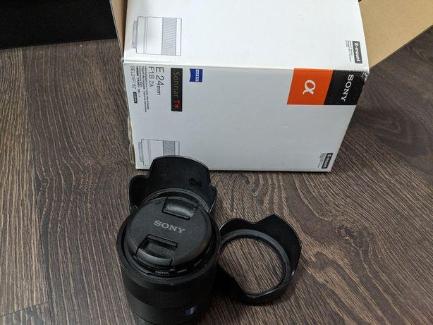 Стандартний об'єктив Sony SEL24f/18Z 24mm f/1,8