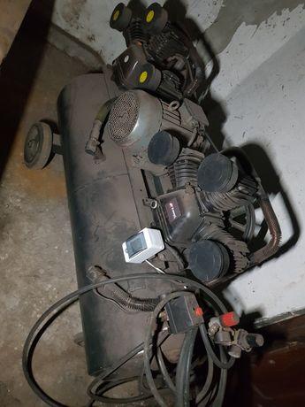 Kompresor 220l, 2900l/min okazja