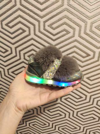 Светящиеся  детские кроссовки, обувь 22 размер