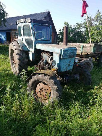 Трактор Т40А.в робочому стані