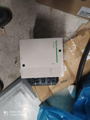 Stycznik mocy Schneider LC1F330. 180kW, 330A cewka 230V