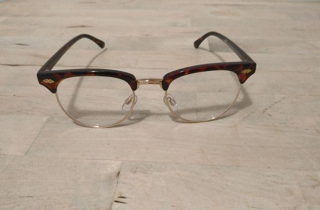 Óculos femininos marca HM sem graduação