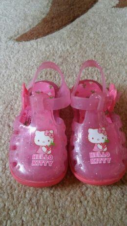 Sandałki Hello Kitty