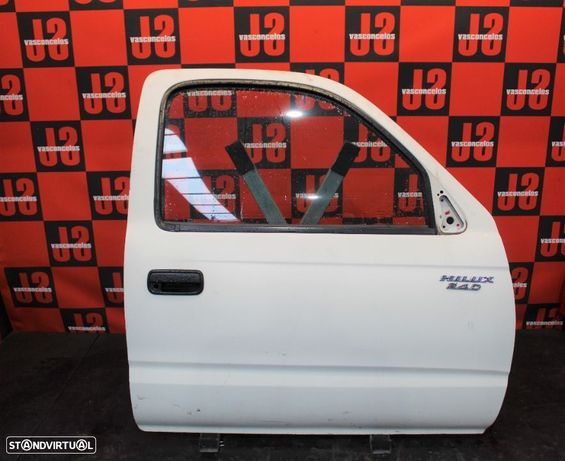Porta frente direita Toyota Hilux II 96-05