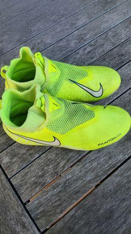 Chuteiras  Nike Phantom 37.5