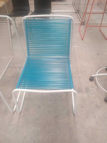 Cadeira de exterior marca EMU