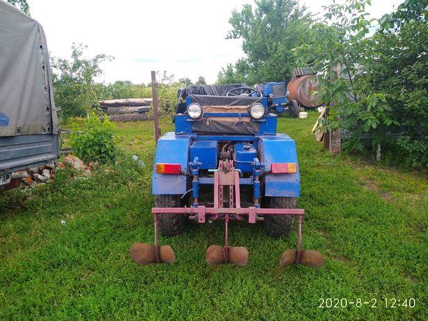 Саморобный трактор