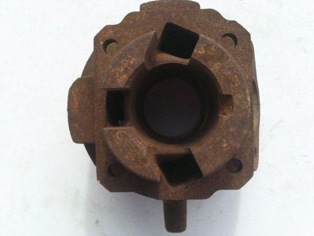Cilindro Piaggio 38,4 mm ferro Piaggio Ape 50, Vespa 50 S, PK 50, etc.