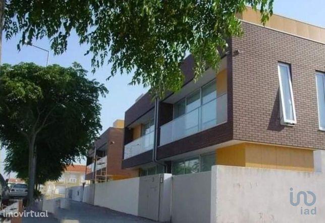 Terreno - 250 m²