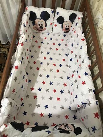 Продам детское постельное белье в кроватку