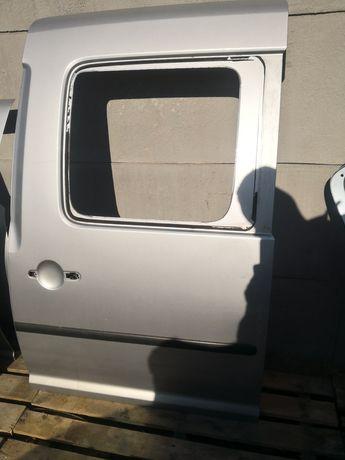 Caddy III Drzwi Lewe Boczne Przesuwane LA7W MAXI