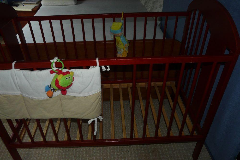 łóżeczko drewniane z materacem Nowe 120x 60