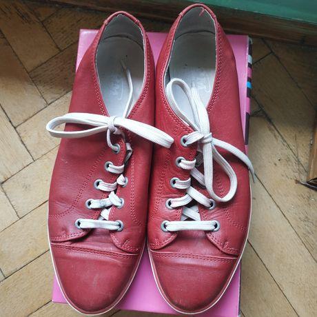 Шкіряні кеди, туфлі на шнурівці