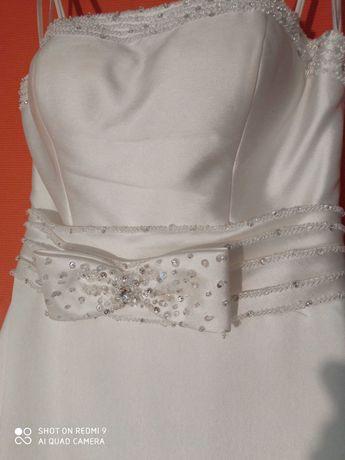 Suknia ślubna r36