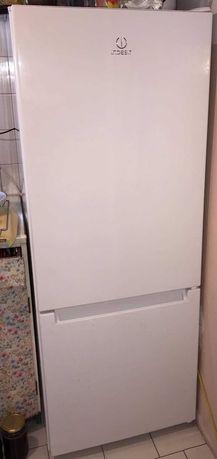 Lodówka Indesit LR6 S2 W, kolor biały, 159 cm