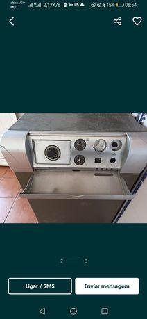 Vende máquina de aquecimento a gasóleo marca domusca a trabalhar sem q