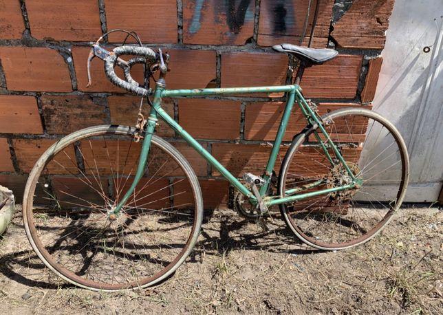 Bicicleta estrada para restaurar