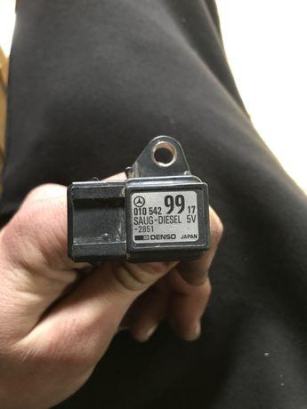 Датчик давления наддува (нагнетания воздуха в турбину)