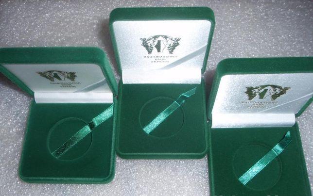 Футляр для памятной монеты 5 гривен серебро-никель (цвет--зеленый.).