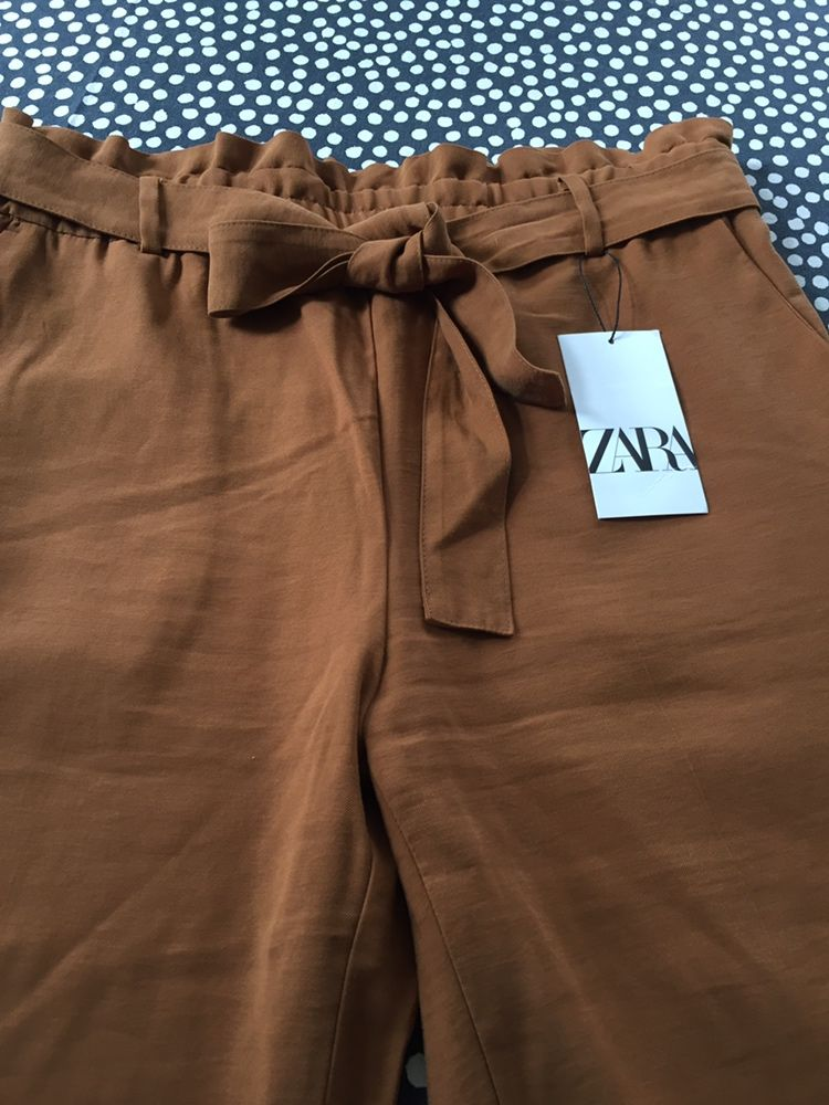 Spodnie damskie ZARA  42