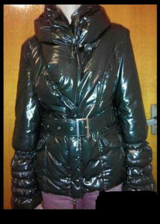 Женская куртка на натуральном пуху.