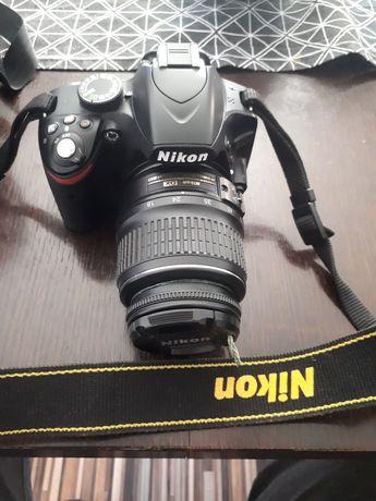 Nikon d3200 jak nowy bardzo mały przebieg