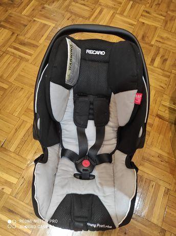 Fotelik samochodowy recaro dla dziecka