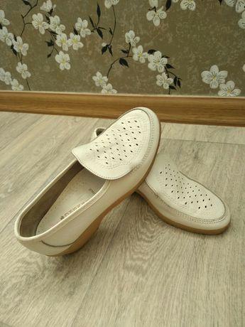 Туфли  женские. Bata 36р.