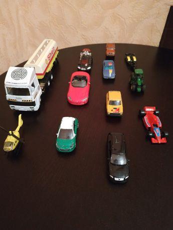 Машинки колекционые