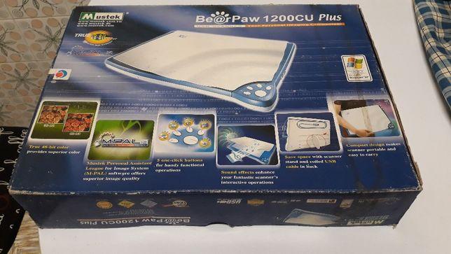 Scanner Mustek 1200CU Plus
