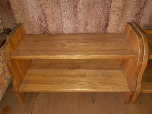 Продам (2) деревянные полки для обуви