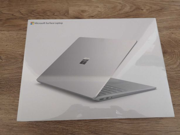Ноутбук Microsoft Surface Laptop 2 i5 8 gb ssd 128gb  lol-00004 Європа