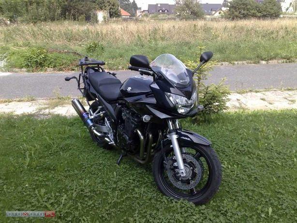 Suzuki Bandit 2007 r  16400 km + kufer 2 kaski buty kurtka spodnie