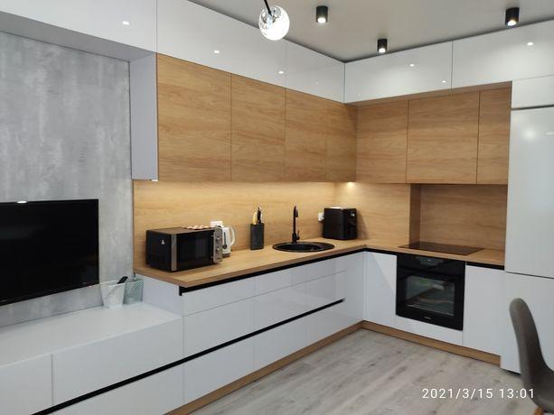 Сдам  свою квартиру ( кухня студия + спальня)