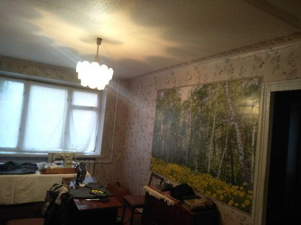 Продам 2 комнатную квартиру в центре города