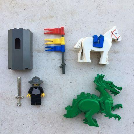 Figura Set - LEGO Cavaleiro + Cavalo E Dragão