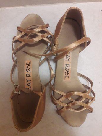 Продам  туфли для бальных танцев Ray Rose ,