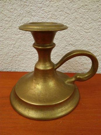 Підсвічник бронзовий литий.