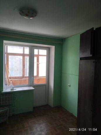 Левада, двокімнатна квартира в цегляному будинку